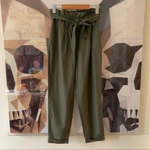 Zara High Rise Paperbag Ankle Cropped Pants Green